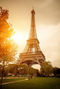 západ slunce v Paříži